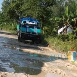Jalan Penyambung Geger dan Sepulu Rusak Parah, Suyitno Janjikan 2021 Dapat Anggaran