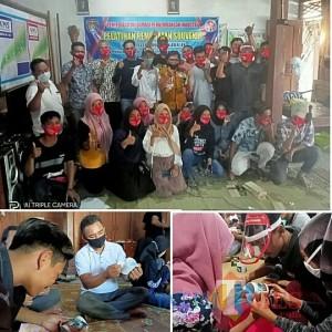 Dukung Dewi Ngubalan, DPPTK Kabupaten Ngawi Latih Muda-Mudi Kreasi Souvenir