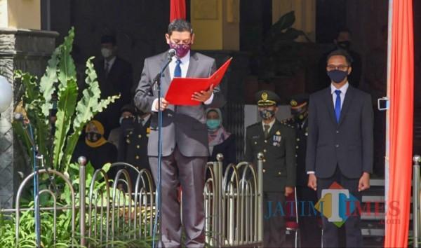 Wali Kota Kediri Abdullah Abu Bakar memimpin upacara dalam peringatan Hari Pahlawan (ist)