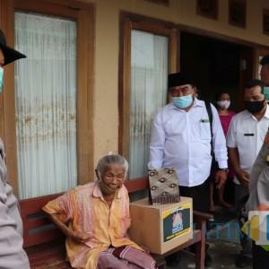 Blusukan Ke Kampung, Kapolres Tulungagung Aktif Tulung Tinulung