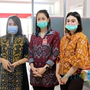 Tingkatkan Omzet UMKM, Pemkot Kediri Imbau Staf BUMN dan Swasta Kenakan Tenun Ikat Kediri