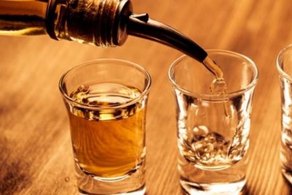 RUU Larangan Minuman Beralkohol: Peminum Terancam Bui 2 Tahun atau Denda Rp 50 Juta