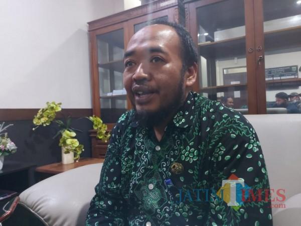 Plt Ketua DPRD Kabupaten Malang, Sodikul Amin saat ditemui awak media di ruangan kerjanya, Kamis (12/11/2020). (Foto: Tubagus Achmad/ MalangTIMES)