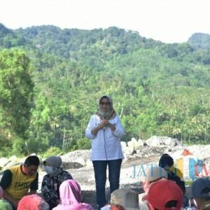 Wabup Lumajang Hadiri Sosialisasi Padat Karya di Desa Sumberwuluh