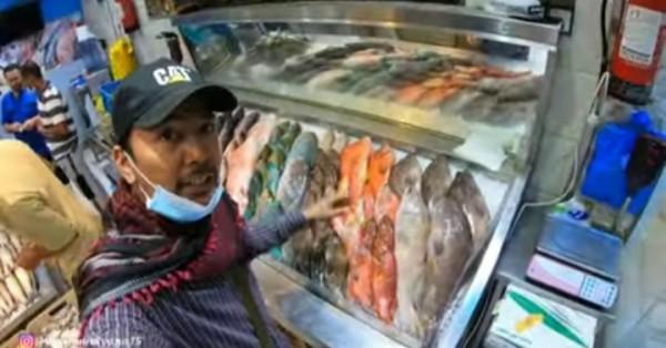 Belanja ikan segar di pasar tradisional di Makkah (channel YouTube Alman Mulyana).