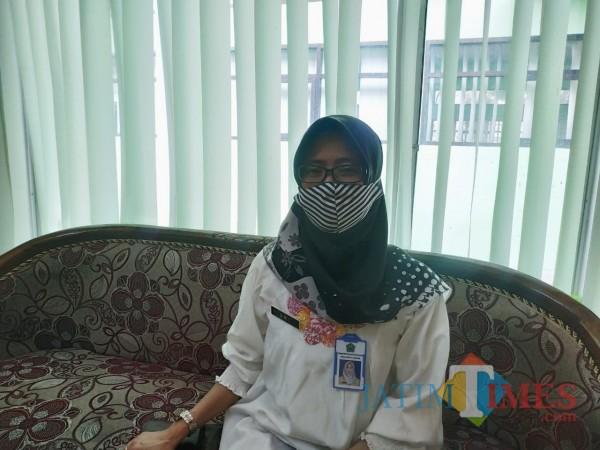 Kabid Pengendalian Penduduk dan Keluarga Berencana Dinsos-P3AP2KB Kota Malang, Sri Umiasih (Hendra Saputra)
