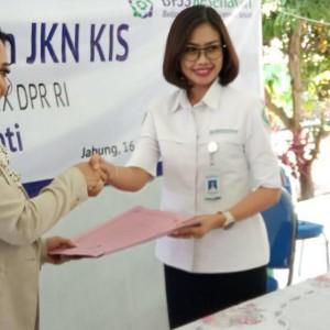 Kordes-Korcam Krisdayanti Bersinergi dengan BPJS Kesehatan Malang sebagai Relawan