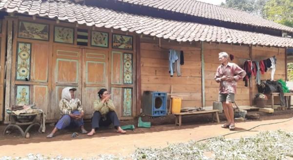 Warga menempati lahan Perhutani tanpa sertifikat. (Foto: Dokumen JatimTIMES)