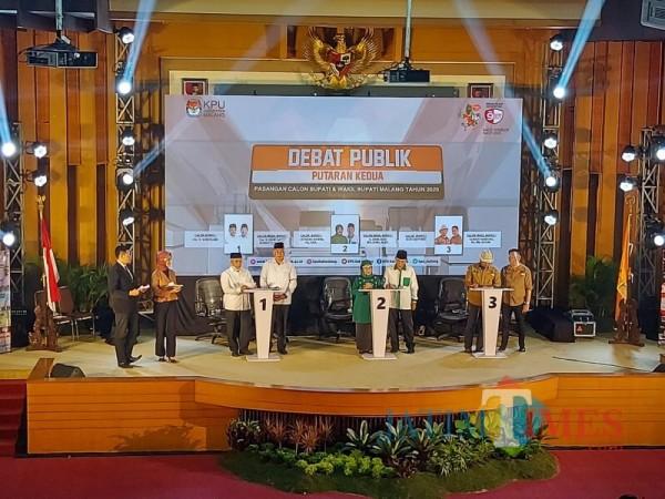 Ketiga kandidat Calon Bupati dan Wakil Bupati Malang saat menghadiri agenda debat publik kedua (Foto : Tubagus Achmad / MalangTIMES)