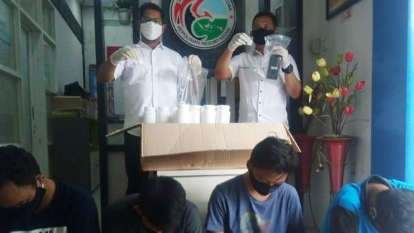 Satresnarkoba Polres Kediri Amankan 5 Tersangka Pengedar Obat Terlarang