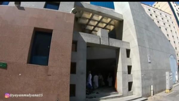 Masjid Jin tampak dari luar (channel YouTube Alman Mulyana).