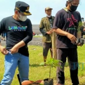 Hari Pohon Sedunia, Cak Thoriq: Kita Berkomitmen Lestarikan Pantai