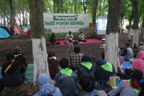 Ada Aktivis Medsos dan Cafe, Aktif Beteriak Selamatkan Alam, Diajak Menanam Ogah