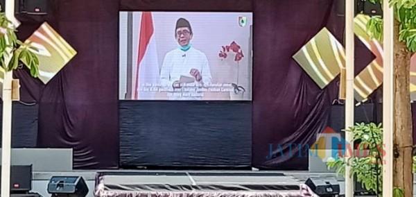 Plt. Bupati Jember Drs. KH. A. Muqit Arief saat membuka WKC secara virtual (foto : istimewa / Jatim TIMES)