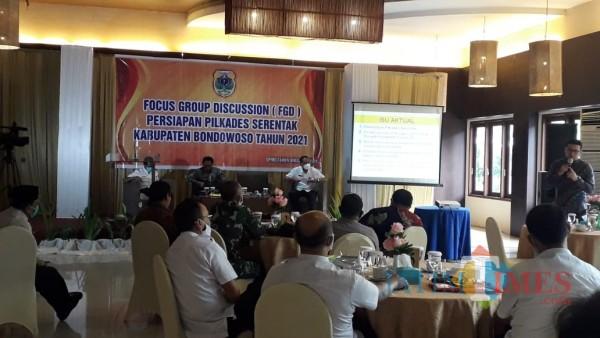Terapkan Prokes, DPMD Bondowoso Gelar FGD Persiapan Pilkades 2021