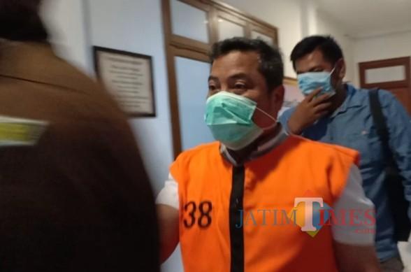 Terpidana Budianto yang dieksekusi Kejari Kota Malang, usai keluar dari ruang Pidsus Kejari Kota Malang (ist)