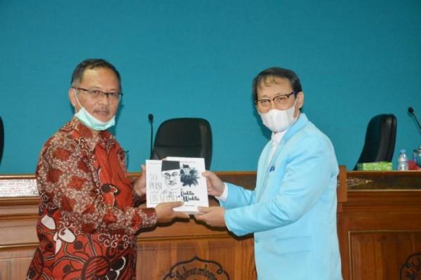 Petik Pengalaman Internasionalisasi Institusi, UIN Malang Studi Banding ke UNS