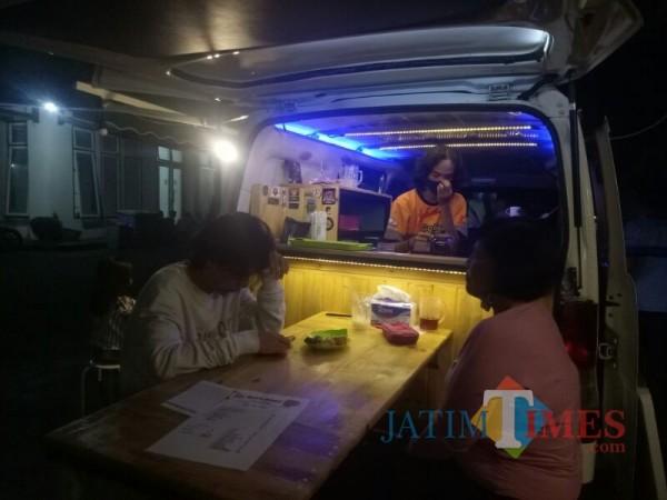 Gogona Coffe, Food Truck Coffe Andalkan Produk Kopi Lokal Lumajang