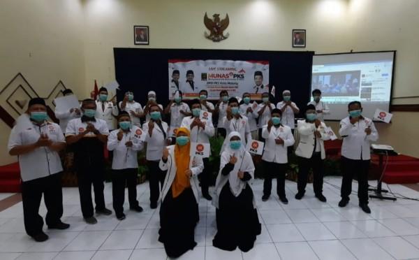 DPD PKS Kota Malang turut serta menyaksikan Munas V PKS secara live streaming (Istimewa).