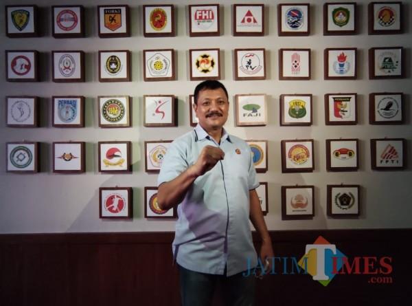 Ketua Umum KONI Kota Malang, Eddy Wahyono (Hendra Saputra)