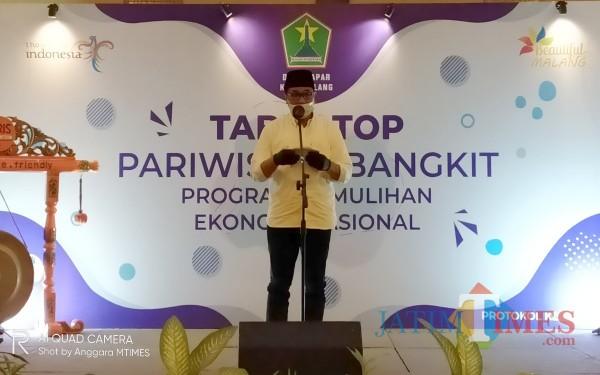 Wakil Walikota Malang, Sofyan Edy Jarwoko saat memberikan sambutan pada kegiatan Table Top yang digelar Disparpora Kota Malang (Anggara Sudiongko/MalangTIMES)