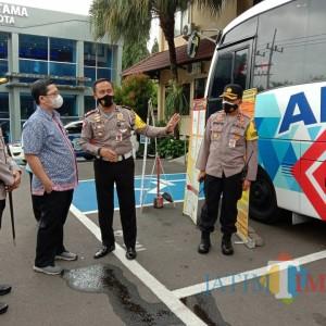 Bus Arema Police Sobo Kelurahan Milik Polresta Malang Bakal Rutin Sambang Kelurahan