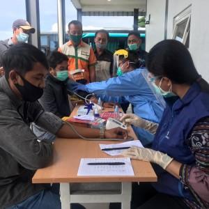 Jelang Nataru, Sopir Bus di Terminal Arjosari Dites Urine dan Kesehatan, Ini Hasilnya