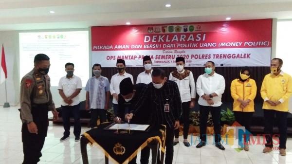 Penandatanganan deklarasi pilkada aman dan bersih dari money politik