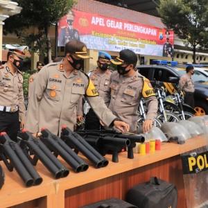 Persiapan Pengamanan Pilkada, Kapolres Kediri Cek Kesiapan Sarpras dan Kendaraan Dinas