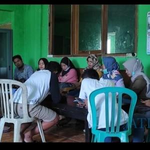 Protes, Sejumlah Peserta Tes Perangkat Desa Pragelan Datangi Balai Desa