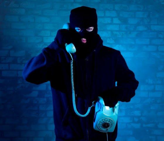 Ilustrasi pelaku Penipuan lewat telfon (bbbdotorg)