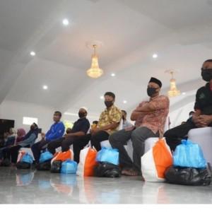 600 Pemilik Warung di Kota Madiun Mendapatkan Sembako dari Pemkot Madiun