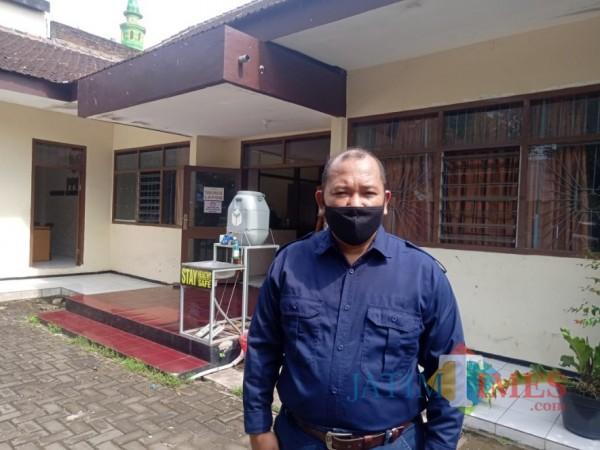 Ketua Bawaslu Kabupaten Malang Wahyudi saat berada di Kantor Bawaslu Kabupaten Malang beberapa waktu lalu. (Foto: Dok. JatimTimes)