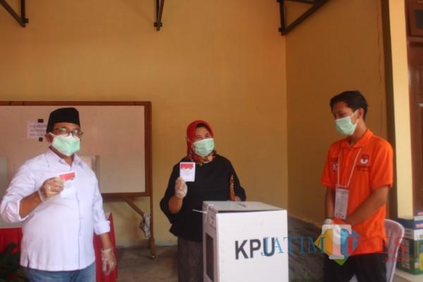 Salurkan Hak Pilih di Pilkada Serentak, Bupati Rijanto Beri Apresiasi Penyelenggara