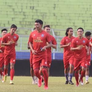 Kompetisi Liga Belum Pasti, Ini Cara Arema FC Bentengi Pemain Tak Tinggalkan Tim