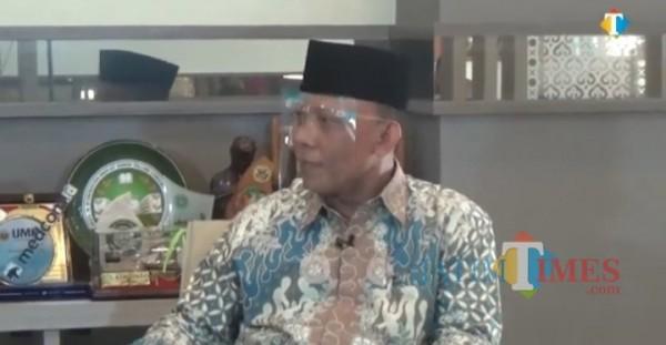 Rektor Unisma Prof. dr. H. Masykuri Bakri, M. Si