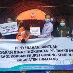 Terjun ke Lumajang, Jamkrindo Jember Salurkan Bantuan ke Posko Pengungsi Semeru