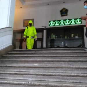 Gedung Balai Kota Malang Diguyur Disinfektan, Sterilisasi Cegah Kluster Perkantoran