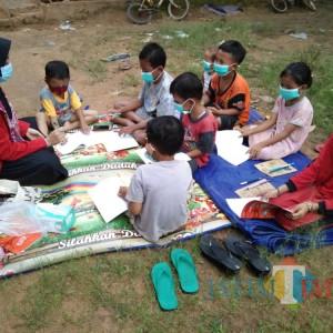 Sekolah Daring Bikin Jenuh, Mahasiswi Untag Surabaya Lakukan Ini