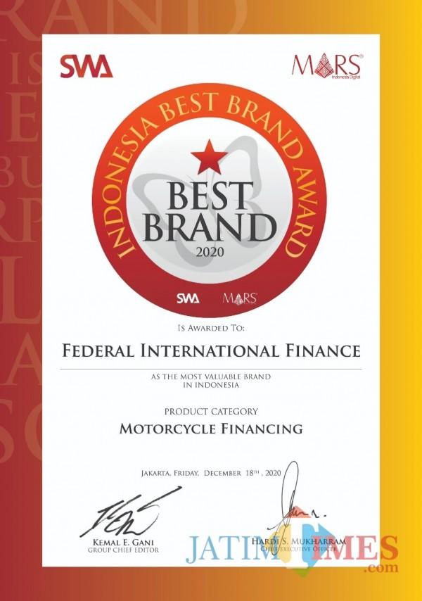 FIFGROUP Menerima Indonesian Best Brand Award 2020 dari Majalah SWA dan Mars