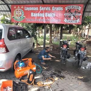 Ada Bengkel Servis Kendaraan di Kejari Kota Malang, Pelanggannya Orang-Orang Tertentu