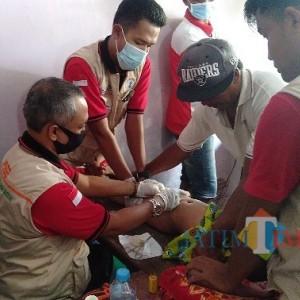 Bersama Anggota DPRD Pamekasan Fraksi Partai Golkar, PSBB Khitan 50 Anak Secara Gratis