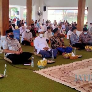 Bupati Anas Ajak Tokoh Agama Ingatkan Umat Disiplin Patuhi Prokes