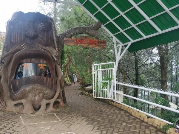 Angka Kunjungan ke Tempat Wisata di Kota Batu Menurun Tajam
