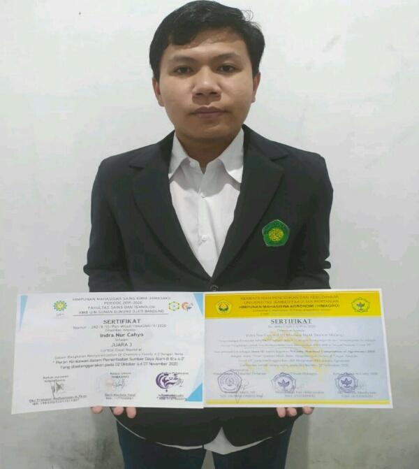 Mahasiswa berprestasi dari Prodi Kimia Fakultas Saintek UIN Maliki Malang, Indra Nur Cahyo. (Foto: istimewa)