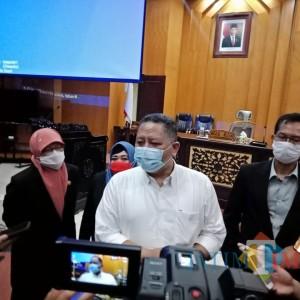 Respon Cepat, DPRD Surabaya Segera Ajukan Whisnu Sakti jadi Wali Kota Definitif