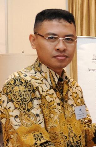 Dr Fatah Nasikh A., MPd. Adv.Dipl Man, wakil Kepala SMK Bidang Humas, DUDI, dan Pendidikan LH SMKN 6 Malang SMK Negeri 6 Malang
