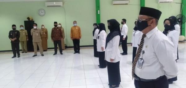 Pengukuhan 35 Kepala Sekolah SD dan SMP di Kota Malang. (Foto: Istimewa).