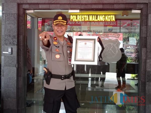 Kapolsekta Kedung Kandang, Kompol Yusuf Suryadi (Hendra Saputra)