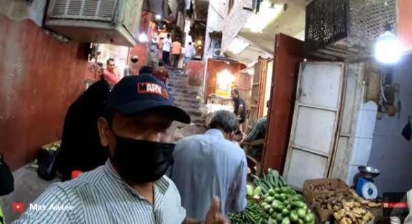 Pasar Ekstrem dekat Masjidil Haram (Foto: YouTube Mas Awiee)